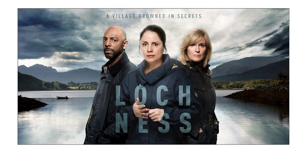 Hechte gemeenschap verscheurd door angst, achterdocht en verdriet in Britse misdaaddramaserie 'Loch Ness'